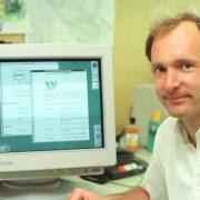 Obrázek: 30 let internetu: Před třemi desetiletími pomohl formulovat vznik World Wide Webu Tim Berners-Lee