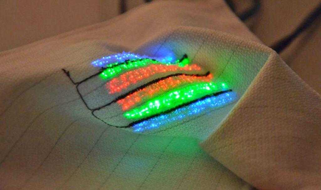 Obrázek: Tričko, co dokáže změřit tep a normálně jej denně perete v pračce