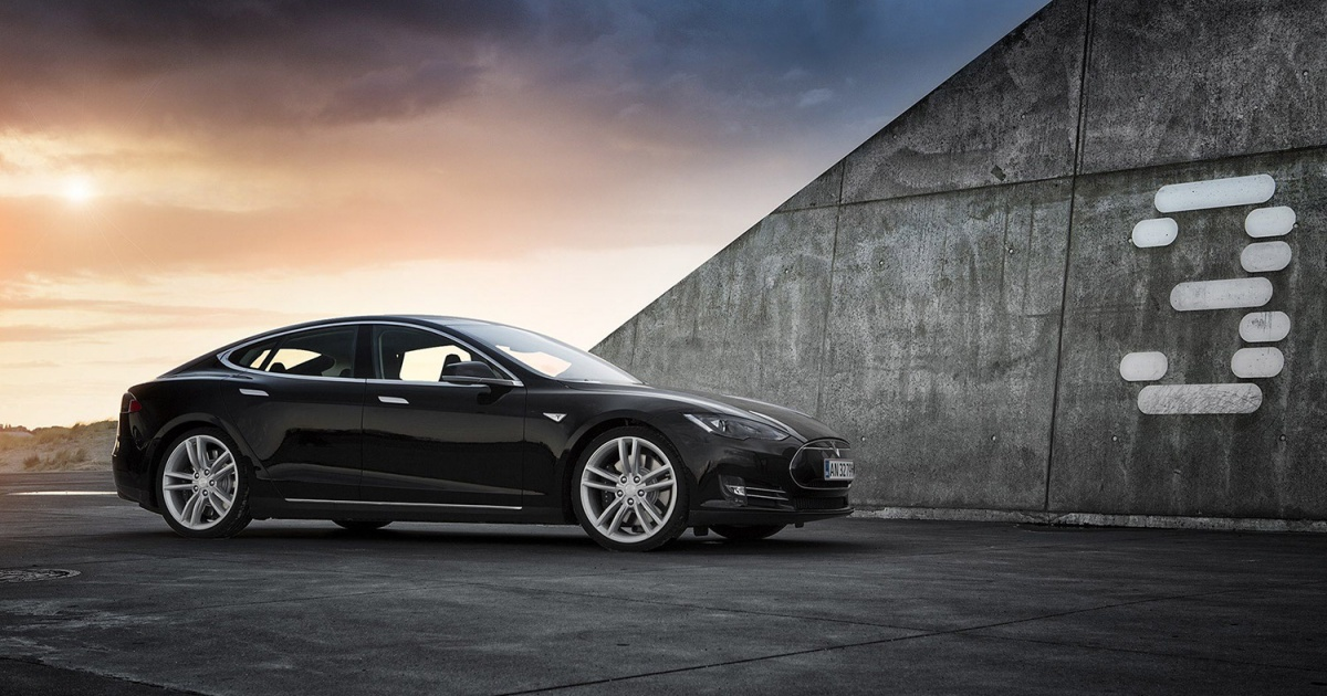 Obrázek: Dostupný chytrý elektromobil Tesla Model 3 je hotov! Už letos bude brázdit silnice