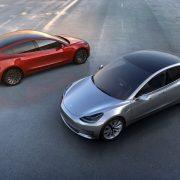 Obrázek: A zase jinak: Tesla si rozmyslela svůj plán na uzavření kamenných obchodů, místo toho zdraží automobily