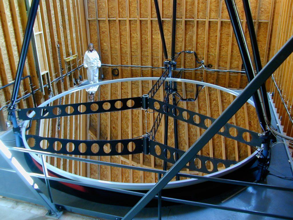 Obrázek: Proč by mělo lidstvo začít stavět teleskopy na Měsíci?