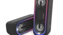 Obrázek: Hudba na kolo i k vodě. Sony uvádí nové modely elegantních, ale zároveň odolných bezdrátových reproduktorů