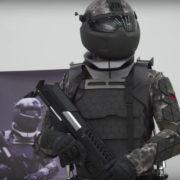 Obrázek: Rusové ukázali nové brnění pro své supervojáky: Dělá z lidí roboty s extrémní výdrží