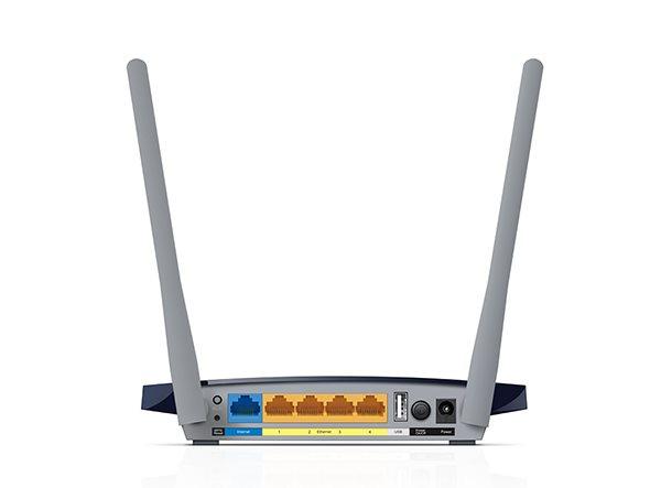 Obrázek: Chcete zlepšit signál domácí WiFi sítě? Zabijákem jsou akvária i tlusté zdi, pomůže správné umístění routeru