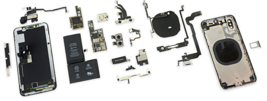 Obrázek: iPhone X už rozebrali na součástky, telefon prý rozbije kdejaký pád: Jak vypadá uvnitř?