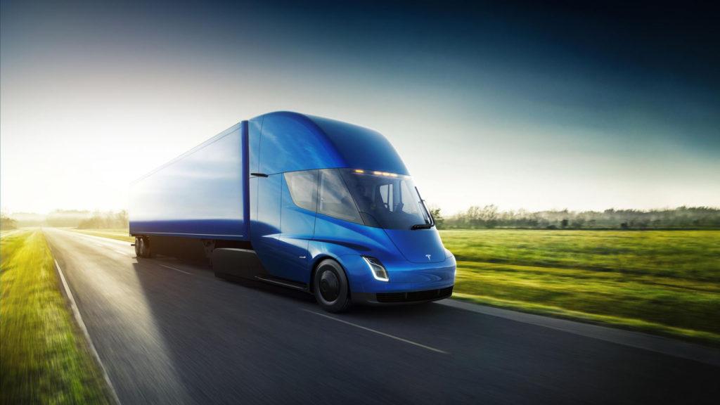 Obrázek: Elektrický kamion od Tesly má autopilota, 4 motory a při brzdění dobíjí baterie