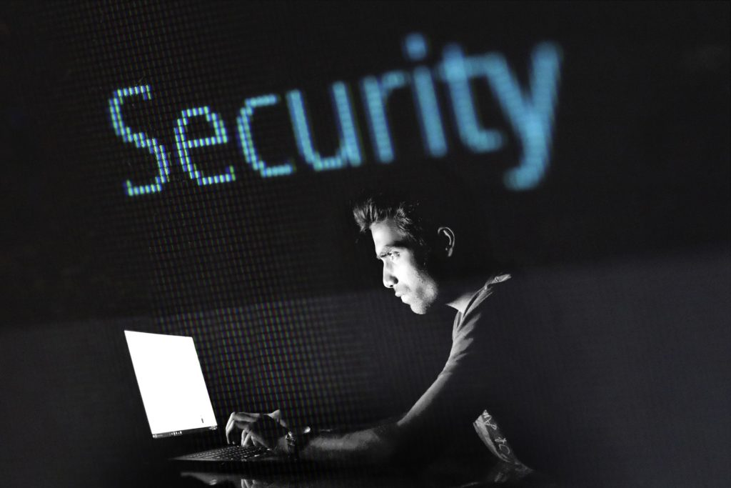 Obrázek: Infrastruktura a průmysl pod útokem: Hackeři oťukávají bezpečnost továren a elektráren