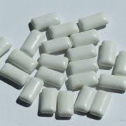 Obrázek: Tenisky z recyklovaných žvýkaček: na čtyři páry je potřeba kilogram
