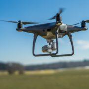 Obrázek: Rusko ukázalo poštovního drona. Po vzletu narazil do zdi