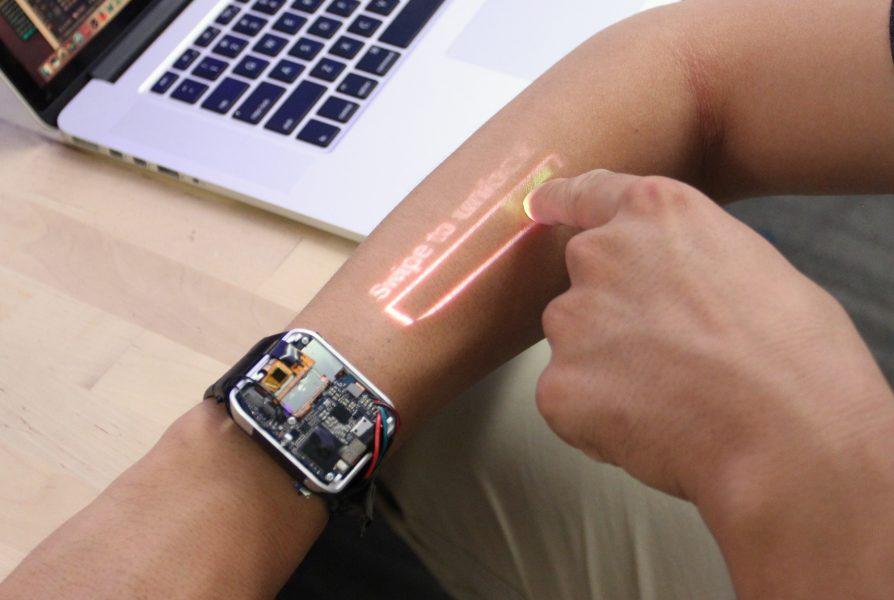 Obrázek: Z ruky vám udělají dotykovou obrazovku. Praktické ale zatím nejsou