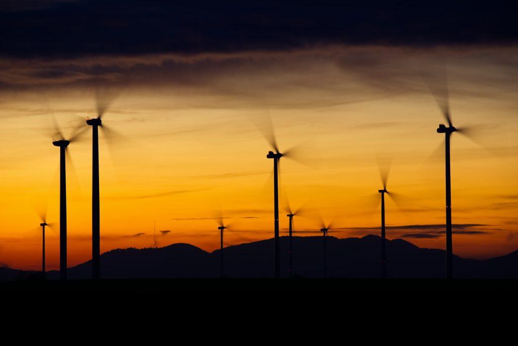 Obrázek: Význam obnovitelných zdrojů roste, pro Velkou Británii generují víc energie než fosilní paliva
