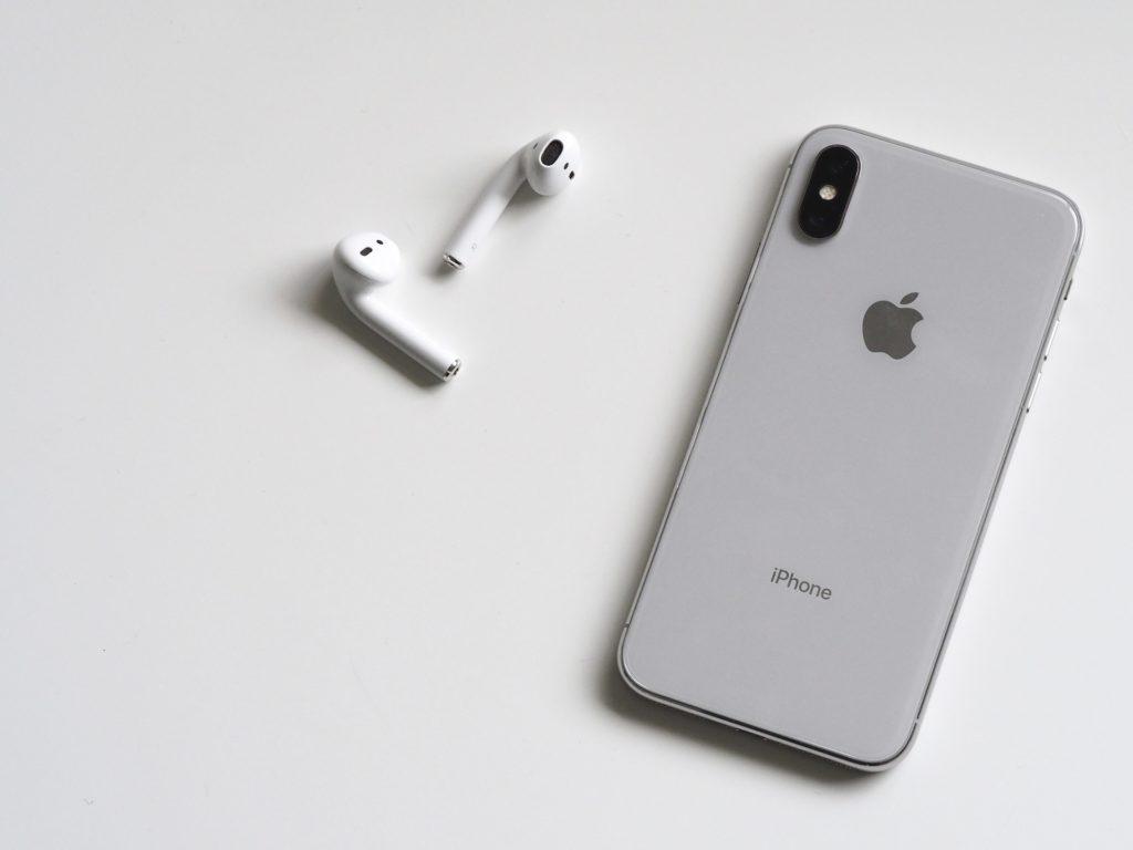 Obrázek: AirPods 2 v roce 2019? Apple plánuje nový model bezdrátových sluchátek