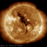 Obrázek: Jen krůček chyběl, a byl by hvězdou: vědci objevili extrémně žhavého plynného obra