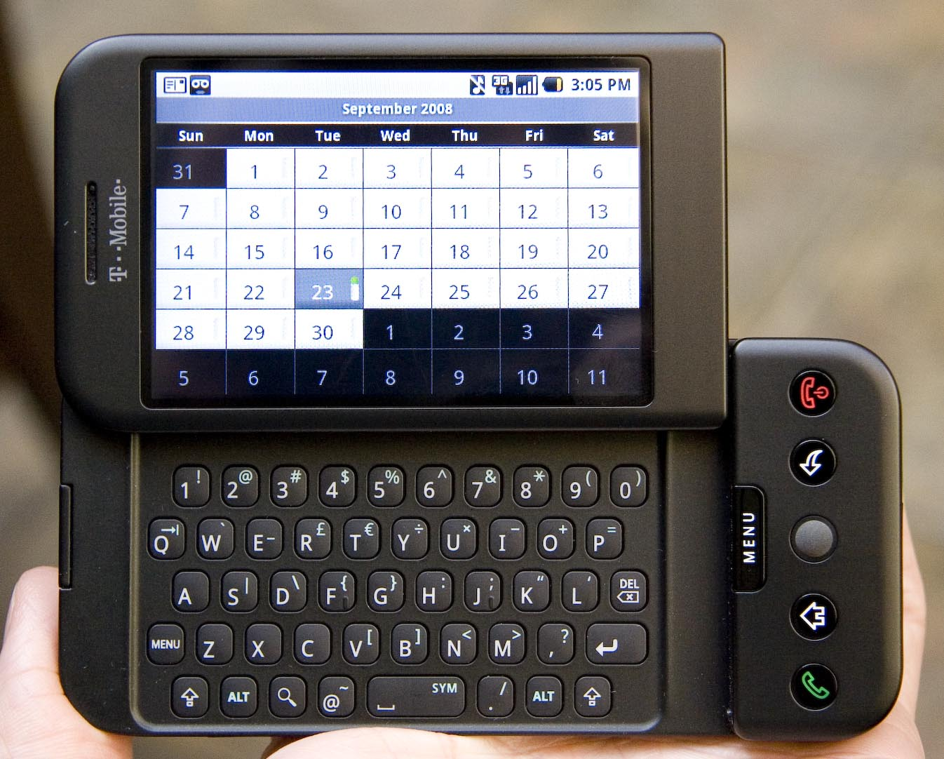 Obrázek: Jak vypadal první smartphone s Androidem? T-Mobile G1 slaví deset let