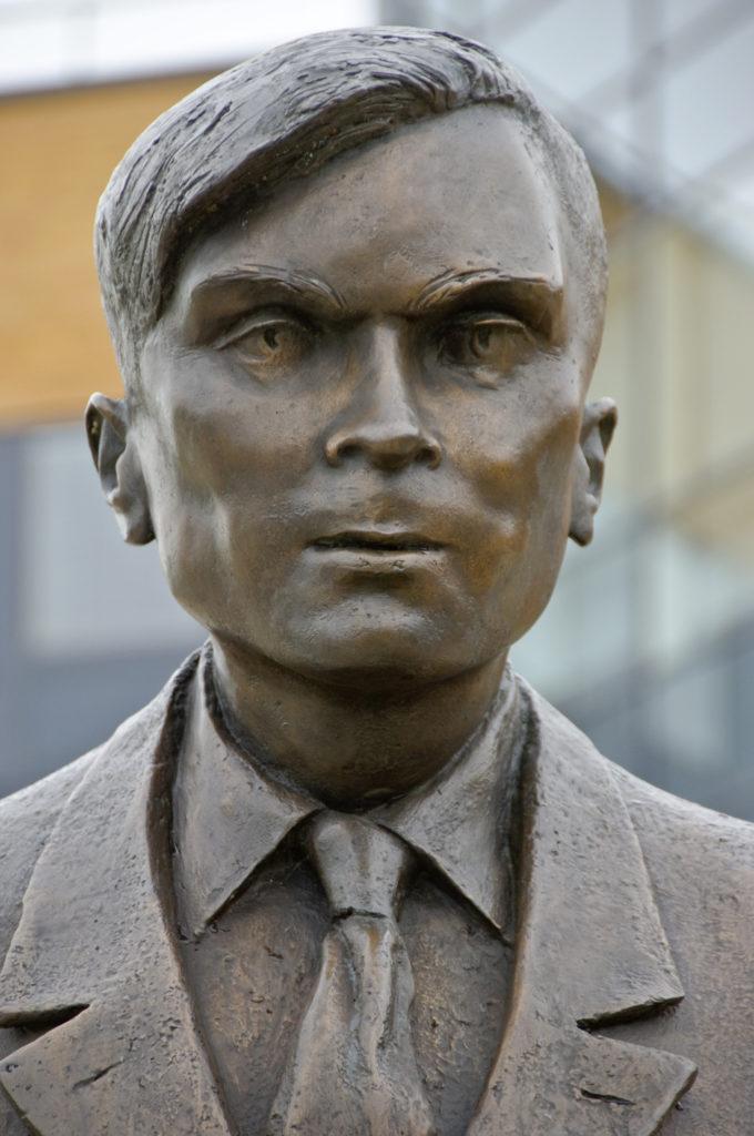 Obrázek: Na britské 50librové bankovce se objeví Alan Turing: Prolomil Enigmu a stal se otcem počítačů