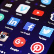 Obrázek: Facebooku hrozí masivní pokuty, podle EU dostatečně nechrání spotřebitele