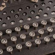 Obrázek: Jak Poláci pomohli Alanu Turingovi rozluštit kód Enigmy aneb neobvyklá spolupráce tajných služeb