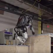 Obrázek: Pokrok v robotice přibližuje stroje lidem, Atlas zvládne i parkour