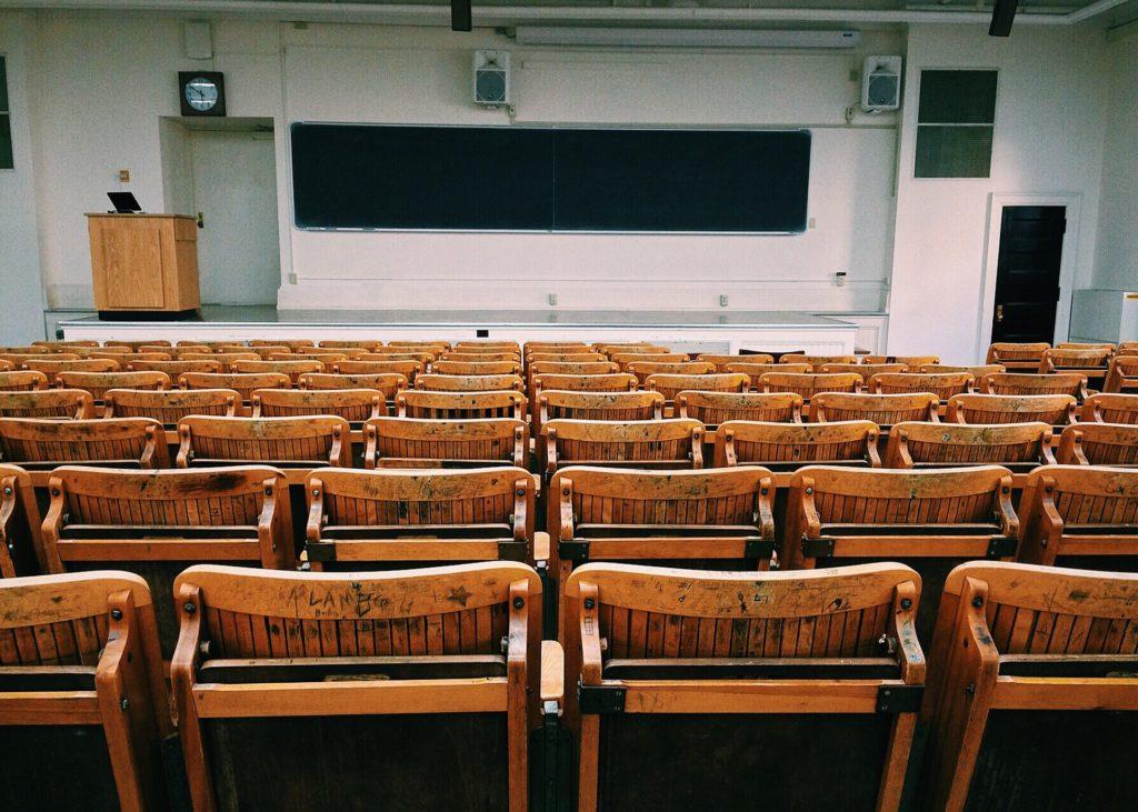 Obrázek: Pozor, chybí ajťáci: technickým oborům se daří, ale studenti nejsou