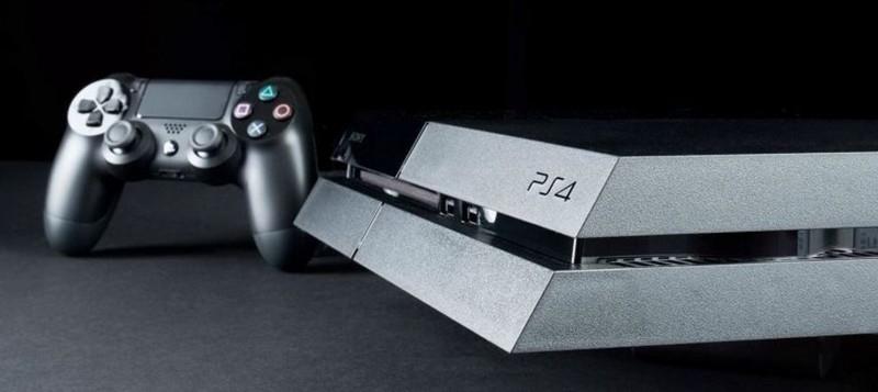 Obrázek: Sony koupilo dva nelegálně odemčené PlayStationy: Prodejce PS4 a pirátských verzí her jde před soud