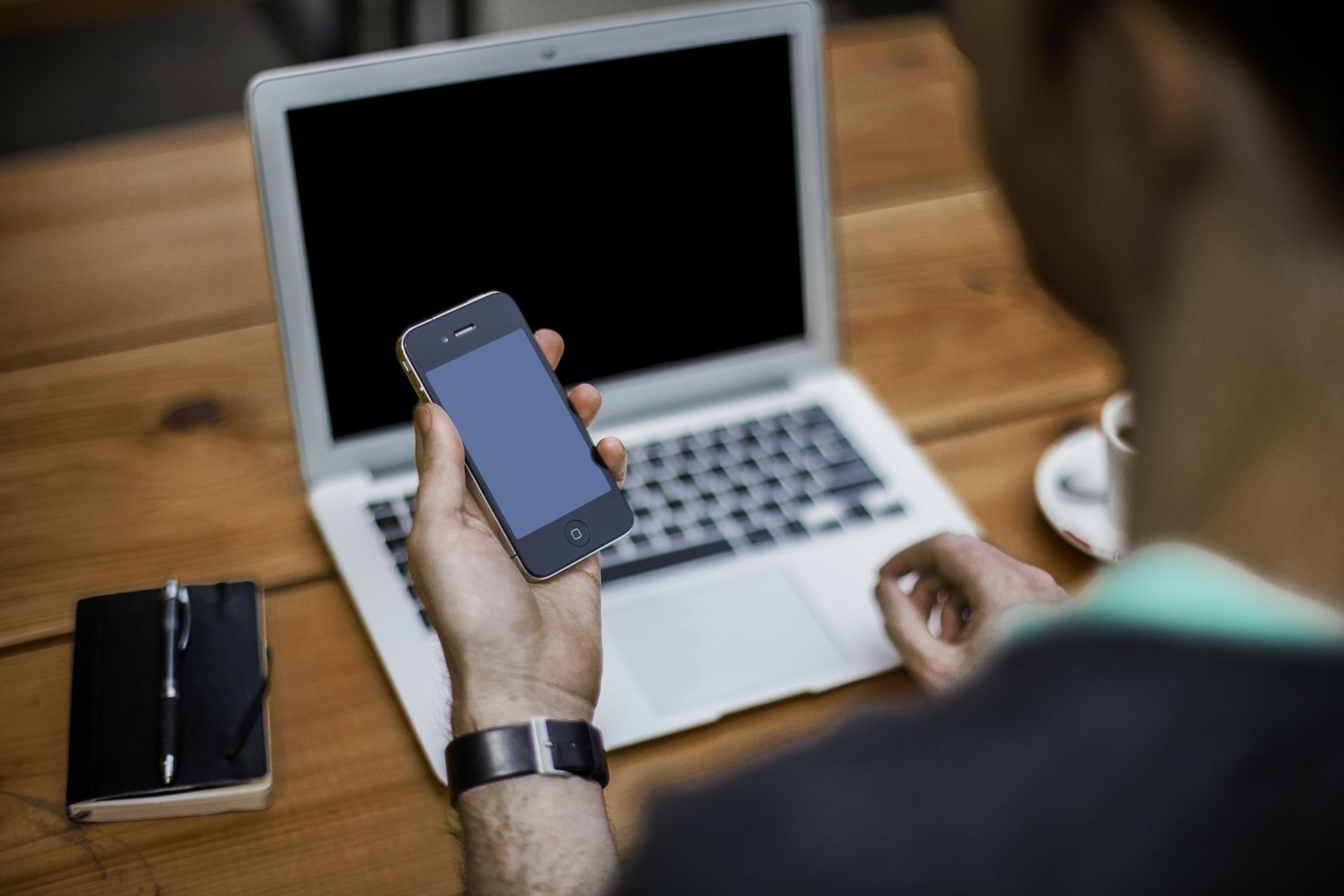 Obrázek: Kolik je na světě iPhonů? Apple přestane poskytovat informace o počtu prodaných zařízení