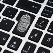 Obrázek: Vědci vyvinuli umělé otisky prstů, které přechytračí i biometrickou čtečku