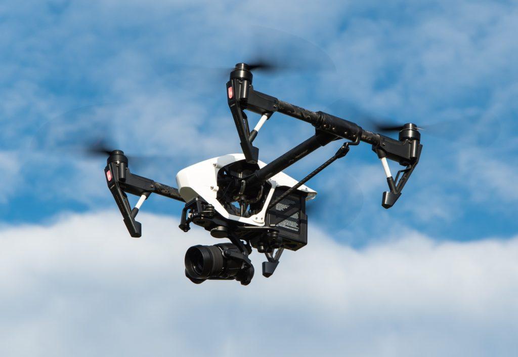 Obrázek: První doporučené mezinárodní standardy pro letání s drony jsou na světě; Česko má zákony dobré