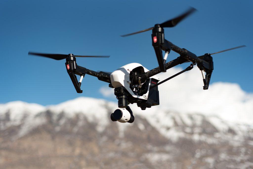 Obrázek: Švýcarsko integrovalo drony do systému pro řízení letového provozu, slibuje si vyšší bezpečnost