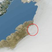 Obrázek: Na Grónsko dopadl kilometrový asteroid: Velký dopadový kráter zmizel pod kilometrem ledu