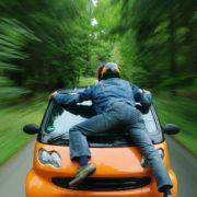 Obrázek: Tramvajové dilema chytrých automobilů: Koho má stroj zachránit a koho obětovat v případě nehody?