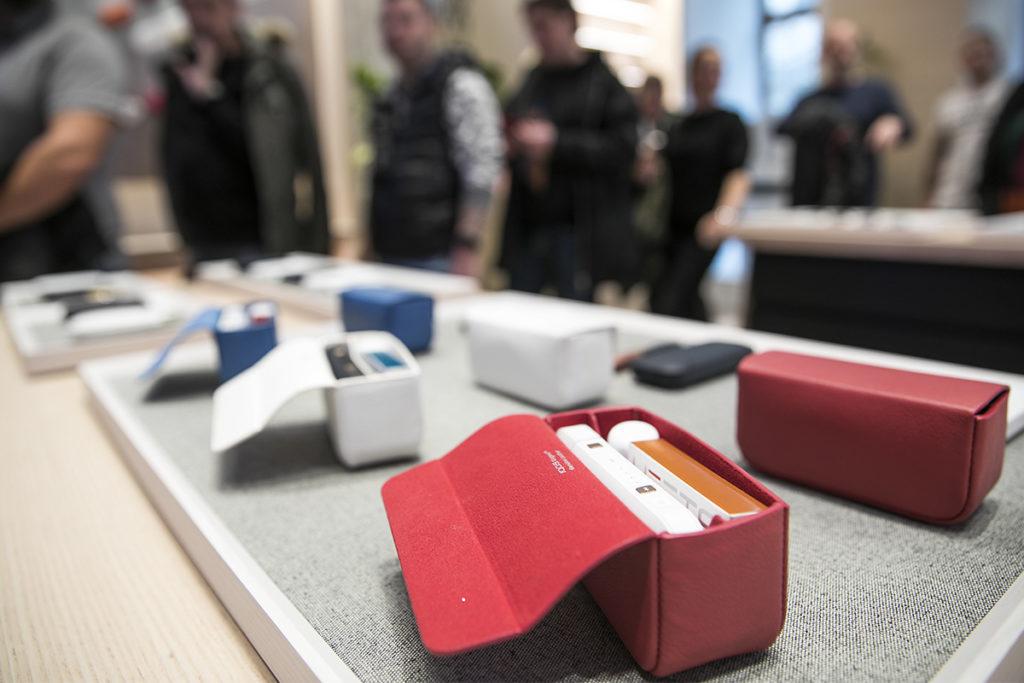 Obrázek: Budoucnost bez kouře: Na IQOS přešlo v Česku už přes 130 000 kuřáků. Philip Morris uvádí novou generaci zařízení