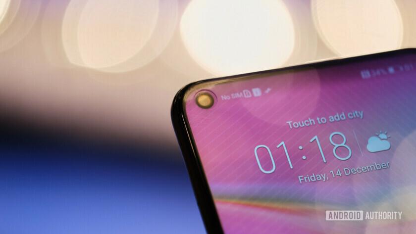 Obrázek: Výřez nahradí průstřel: Honor View 20 má díru v displeji a výkon jako Huawei Mate 20 Pro