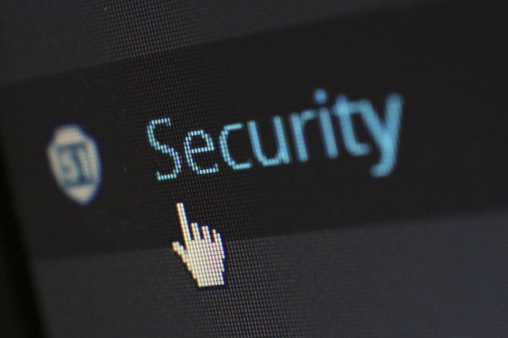 Obrázek: Poskytovatelé internetového připojení vidí, jaké weby navštěvujeme. Zamezí tomu technologie DoH
