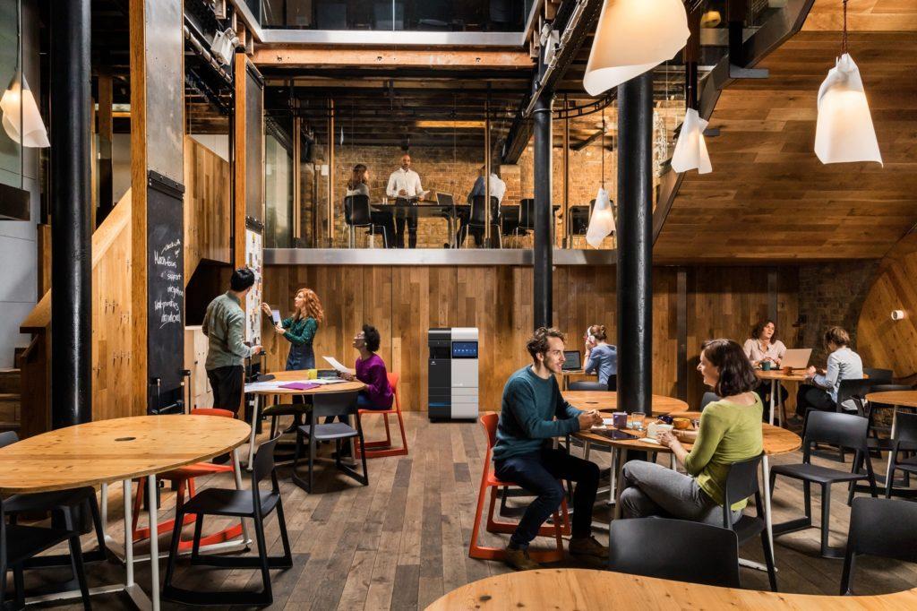 Obrázek: Kancelář budoucnosti obslouží jediné zařízení: Workplace Hub řeší nedostatek ajťáků