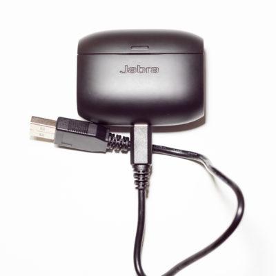Obrázek: Vyzkoušeli jsme bezdrátová sluchátka Jabra Elite 65T: Jaký je vyzyvatel Apple AirPods?