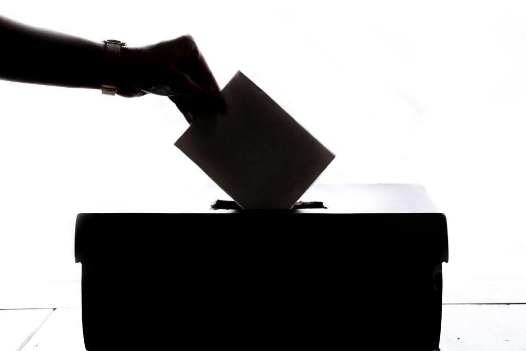 Obrázek: Hackeři, vyzkoušejte si nás! Švýcarsko odmění ty, co prolomí elektronický volební systém