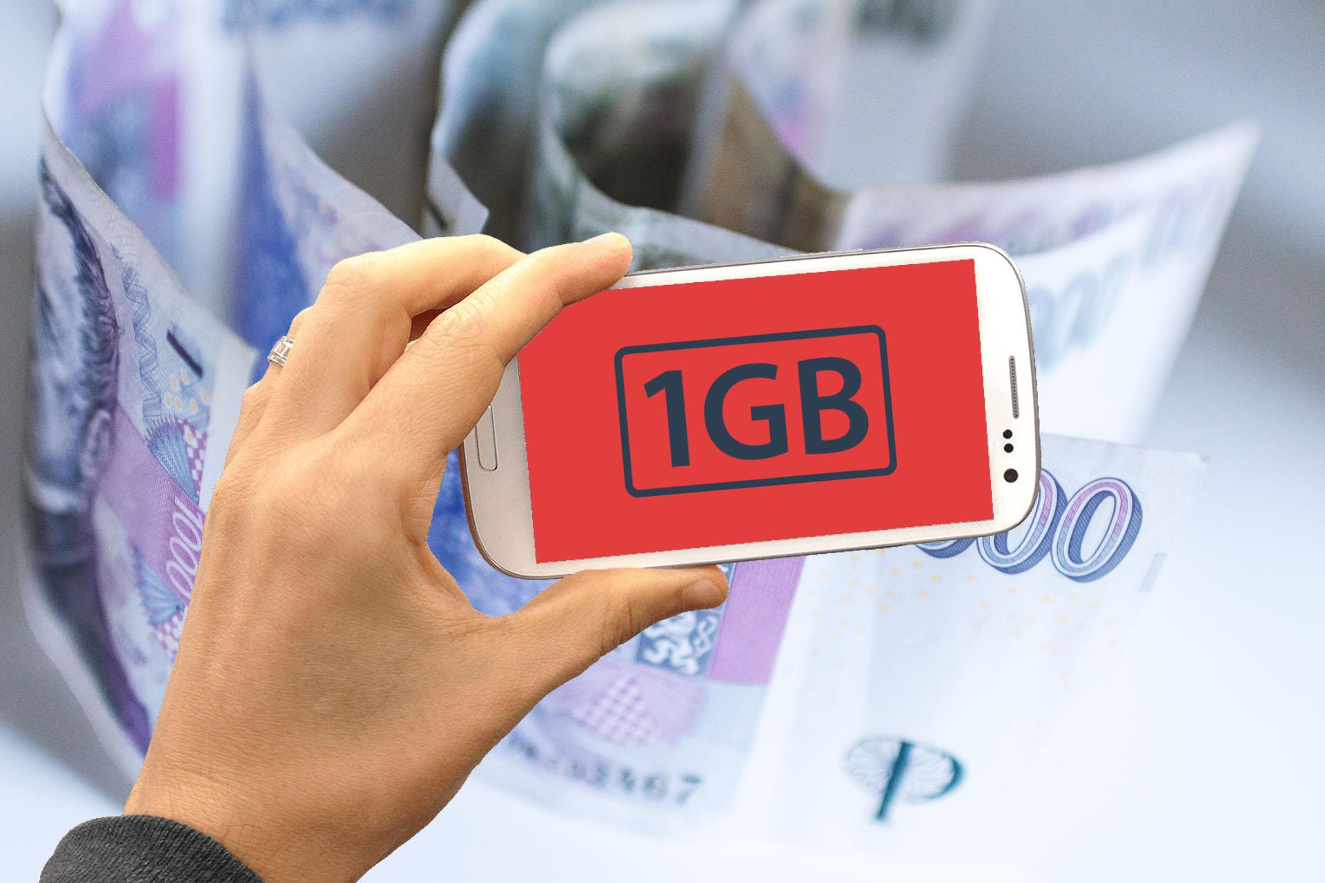 Obrázek: Češi zuří a mají proč: Mohou si za drahá mobilní data skutečně sami?