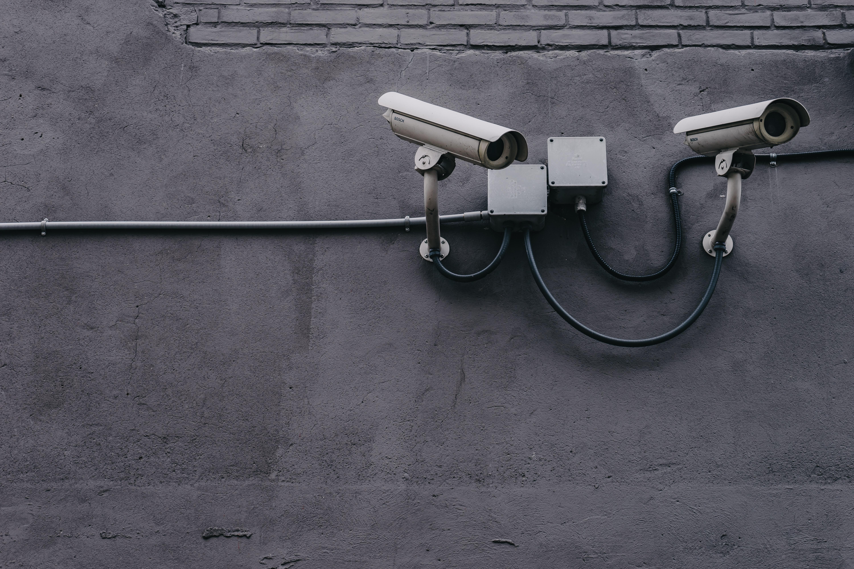 Obrázek: Muž žaluje Apple o necelých 23 miliard korun, byl neprávem zadržen kvůli krádeži identity
