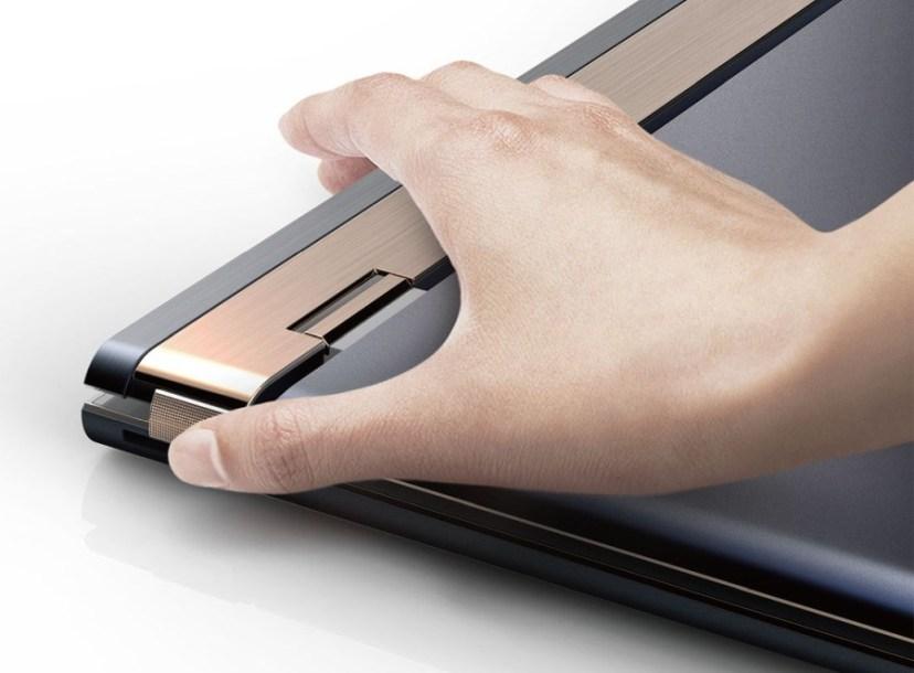 Obrázek: Skvělý nápad na konstrukci notebooku: Displej odklopíte na všechny strany