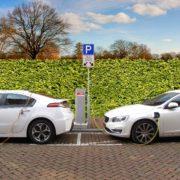 Obrázek: Velká Británie opět mluví o zákazu prodeje automobilů na benzín a naftu, už do roku 2030