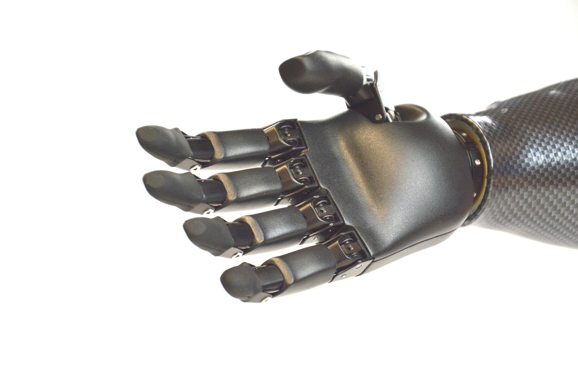 Obrázek: Desetiletá vědecká práce plodí ovoce, pokročilá bionická protéza může vrátit cit do ruky amputovaným jedincům