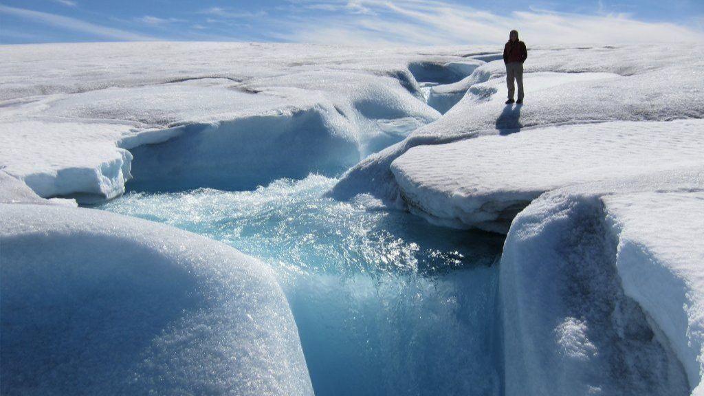 Obrázek: Gigantický ostrov Grónsko mizí a taje: Už přišel o 5 000 gigatun ledu