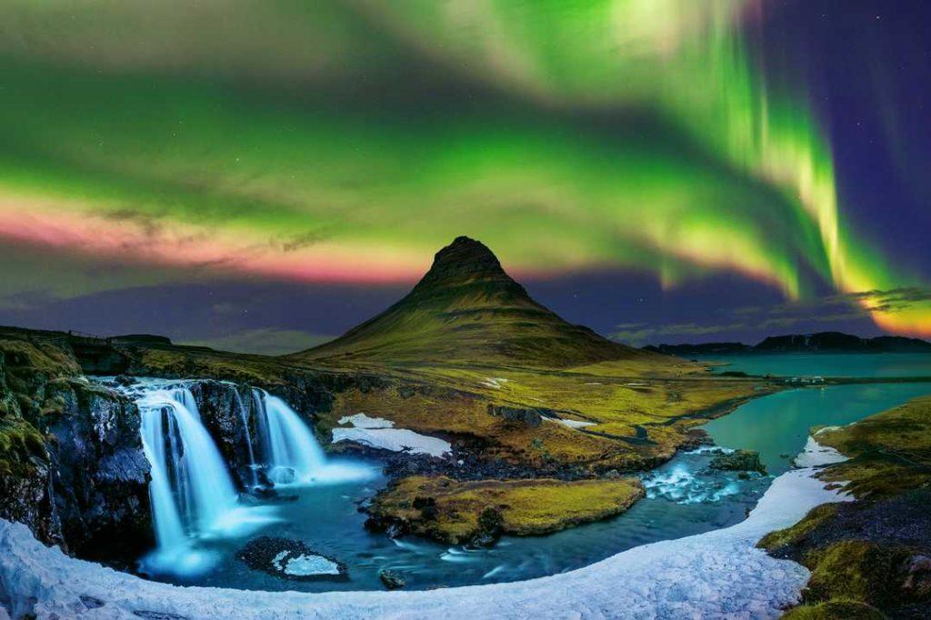 Obrázek: Zemi zasáhla solární bouře: Kde lze v Evropě pozorovat polární záři?