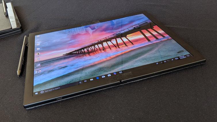 Obrázek: Ohýbatelný ThinkPad: Lenovo představuje fascinující náhled možné budoucnosti