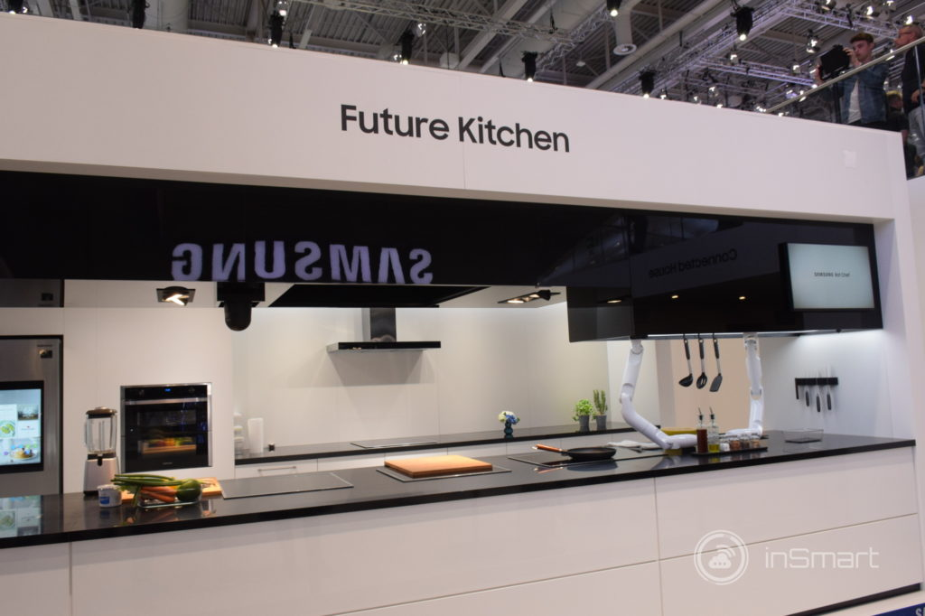Obrázek: Samsung Bot Chef: dvě roboruce do kuchyně, které nakrájí a osmaží tofu [VIDEO]