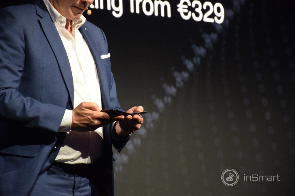 Obrázek: Další ohebný smartphone? TCL uvede v ČR vlastní smartphone i televize s 8K