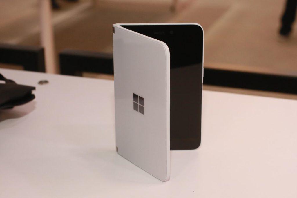 Obrázek: Surface Duo: Je to smartphone, není to smartphone? Microsoft hraje zvláštní hru