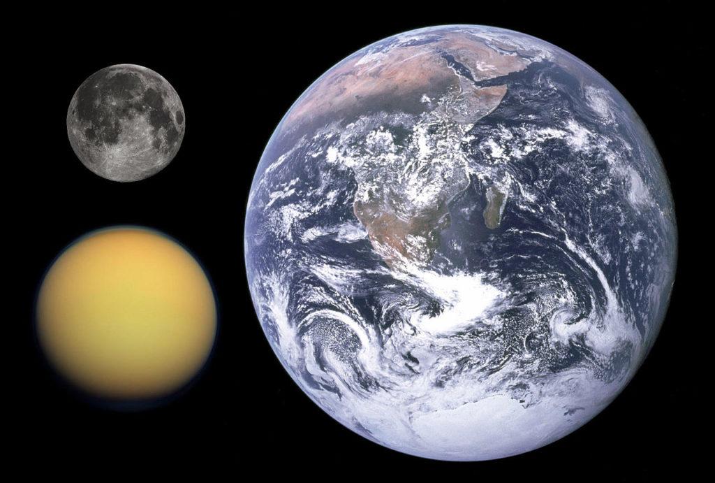 Obrázek: NASA zveřejnila mapu Titanu, největšího měsíce Saturnu. Má tekutá jezera a podobá se Zemi