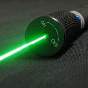 Obrázek: Laserový útok ohrožuje chytré hlasové asistenty: Poslechnou příkazy i na 100 metrů