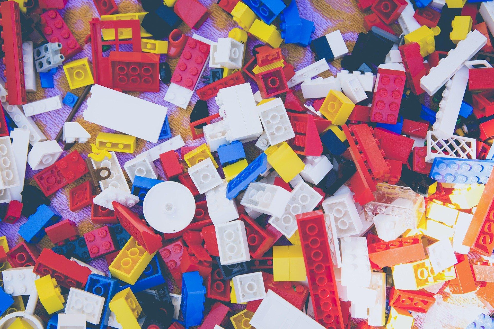 Obrázek: Mezinárodní kruh zločinců obchoduje skostkami stavebnice LEGO